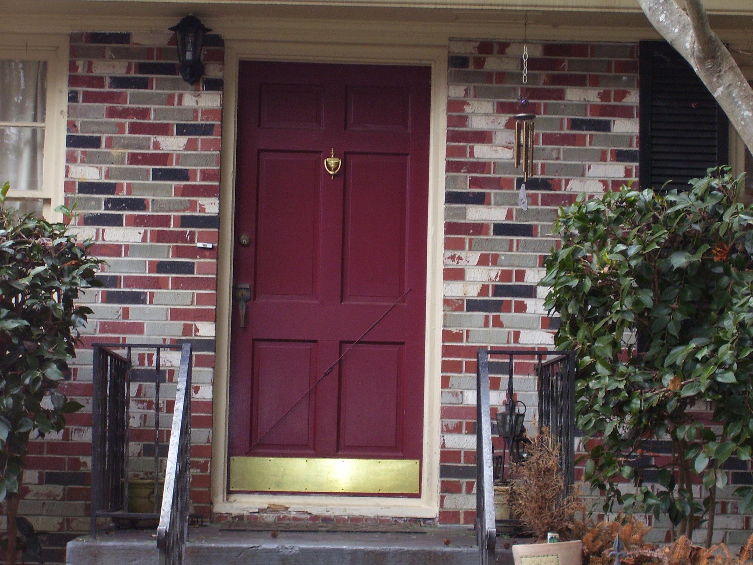FileRed door.jpg & File:Red door.jpg - Wikimedia Commons