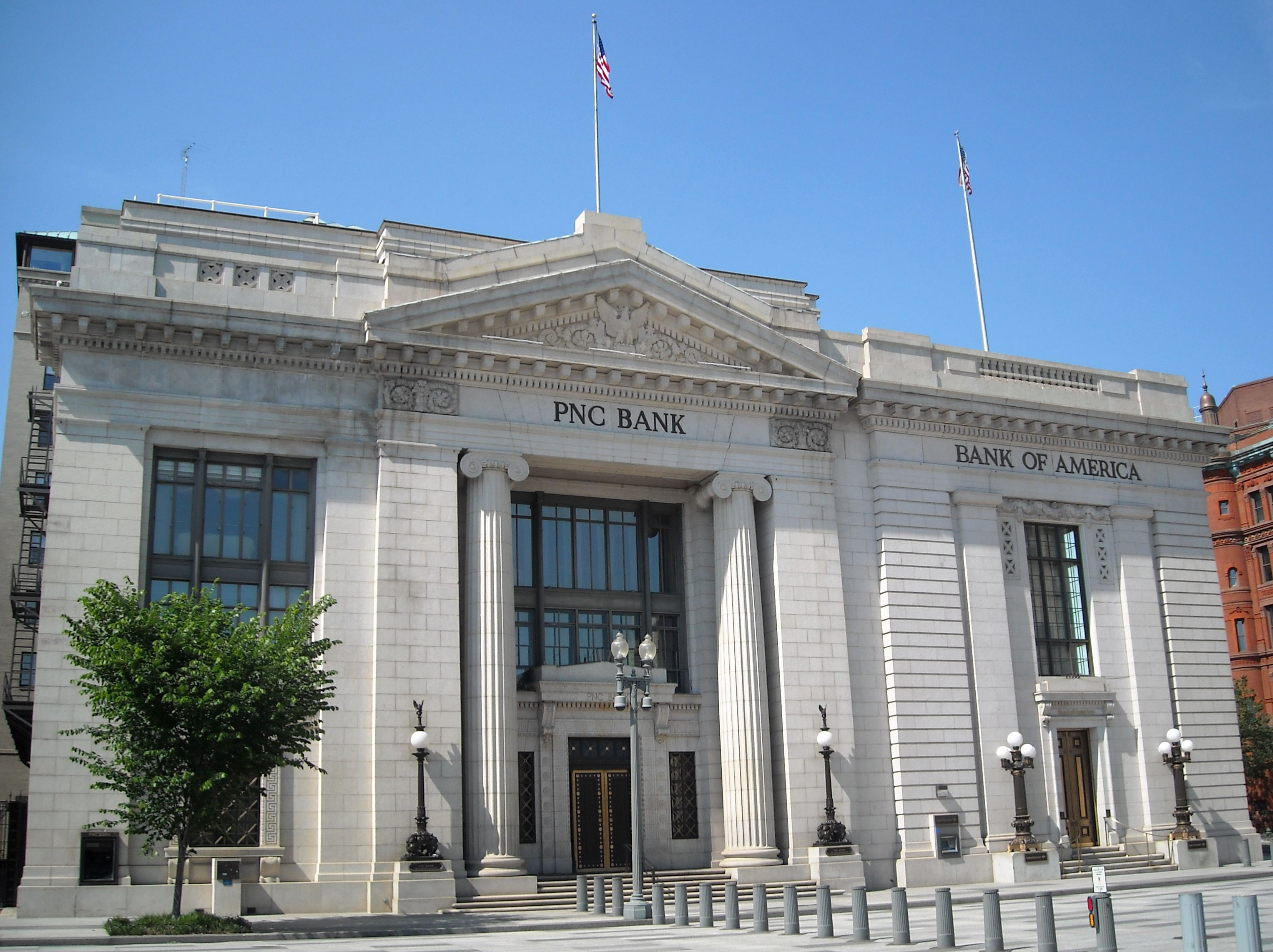 File:Riggs National Bank building.JPG  Wikipedia, the free