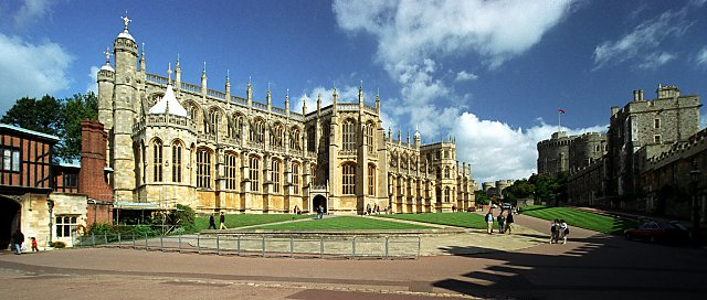 File:Saint George's Chapel, Windsor Castle - geograph.org.uk - 804817.jpg