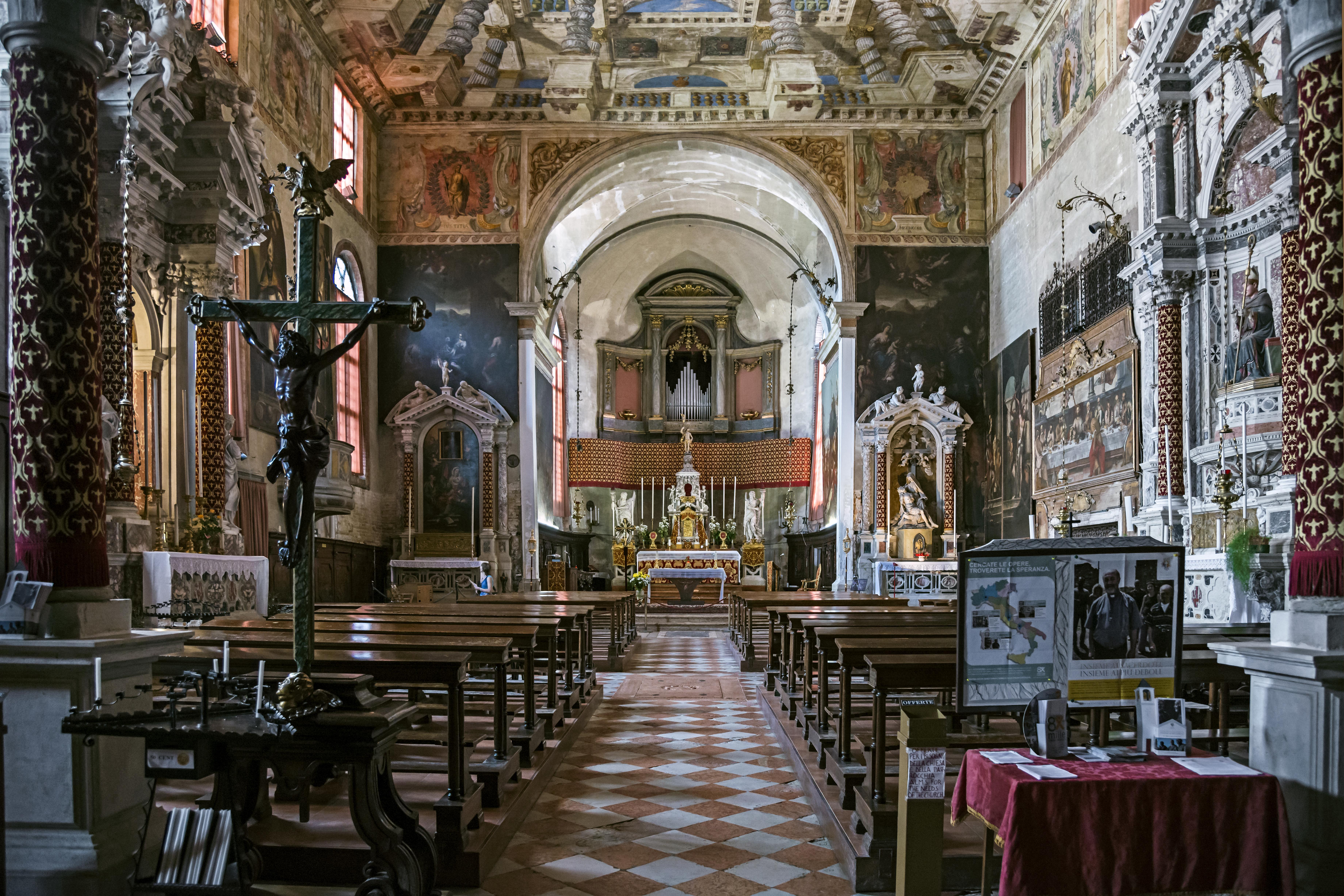 Piscina Sant Alvise Venezia.File Sant Alvise Venice Interior Jpg Wikipedia