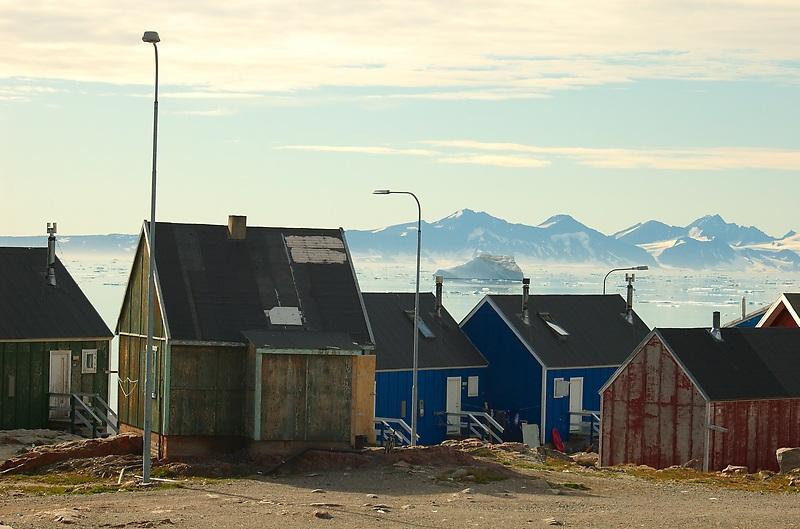 File:Scoresbysund.jpg