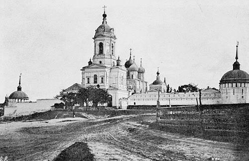 https://upload.wikimedia.org/wikipedia/commons/3/3f/Serpukhov_Vysotsky.jpg