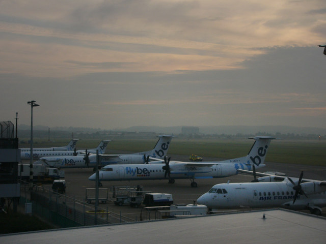 Southampton Airport, early morning - geograph.org.uk - 907291
