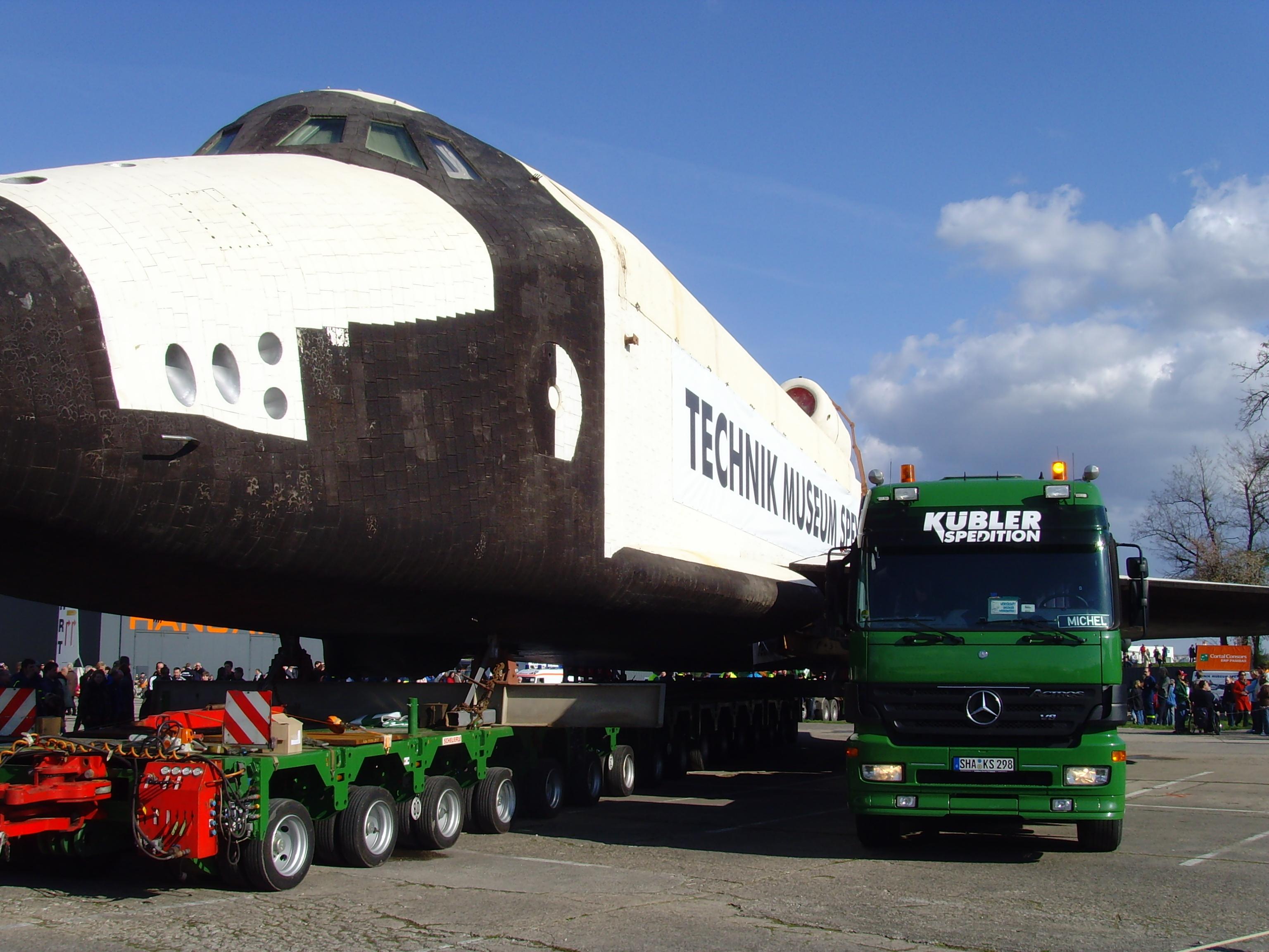 File:Space Shuttle Buran Speyer.jpg - Wikimedia Commons