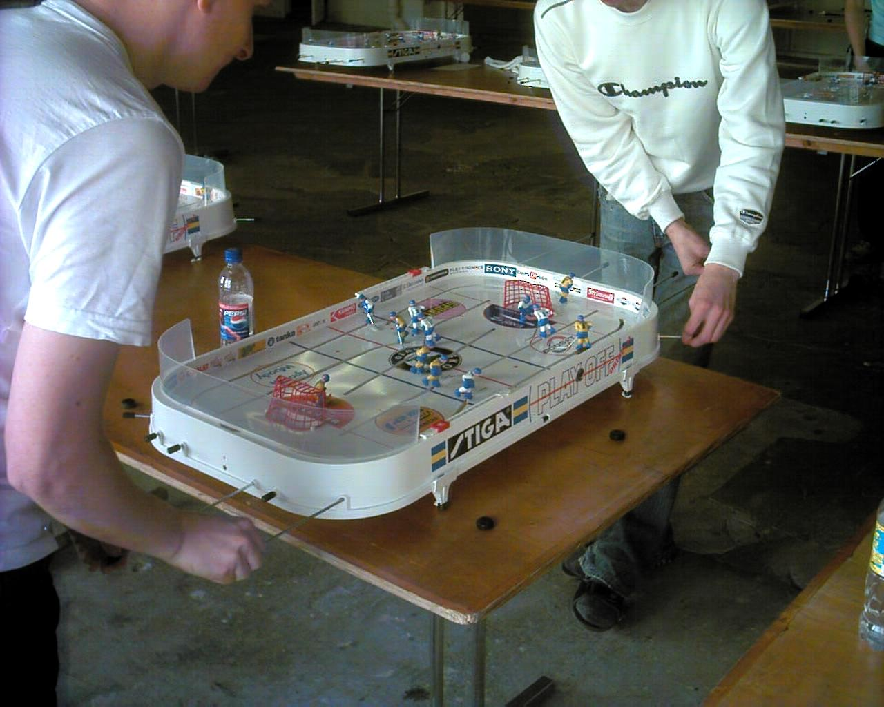 Table hockey games wikipedia for Table hockey