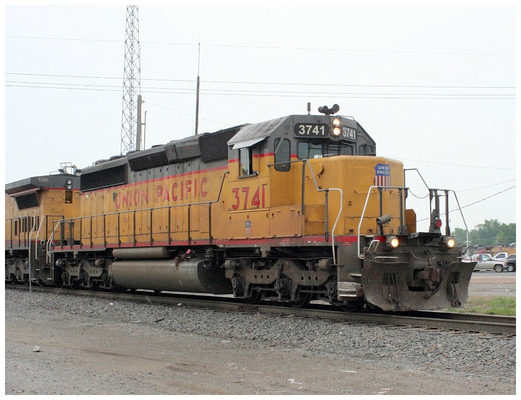 HO-Scale EMD SD40-2 Mid Production - KATO USA : Precision Railroad ...