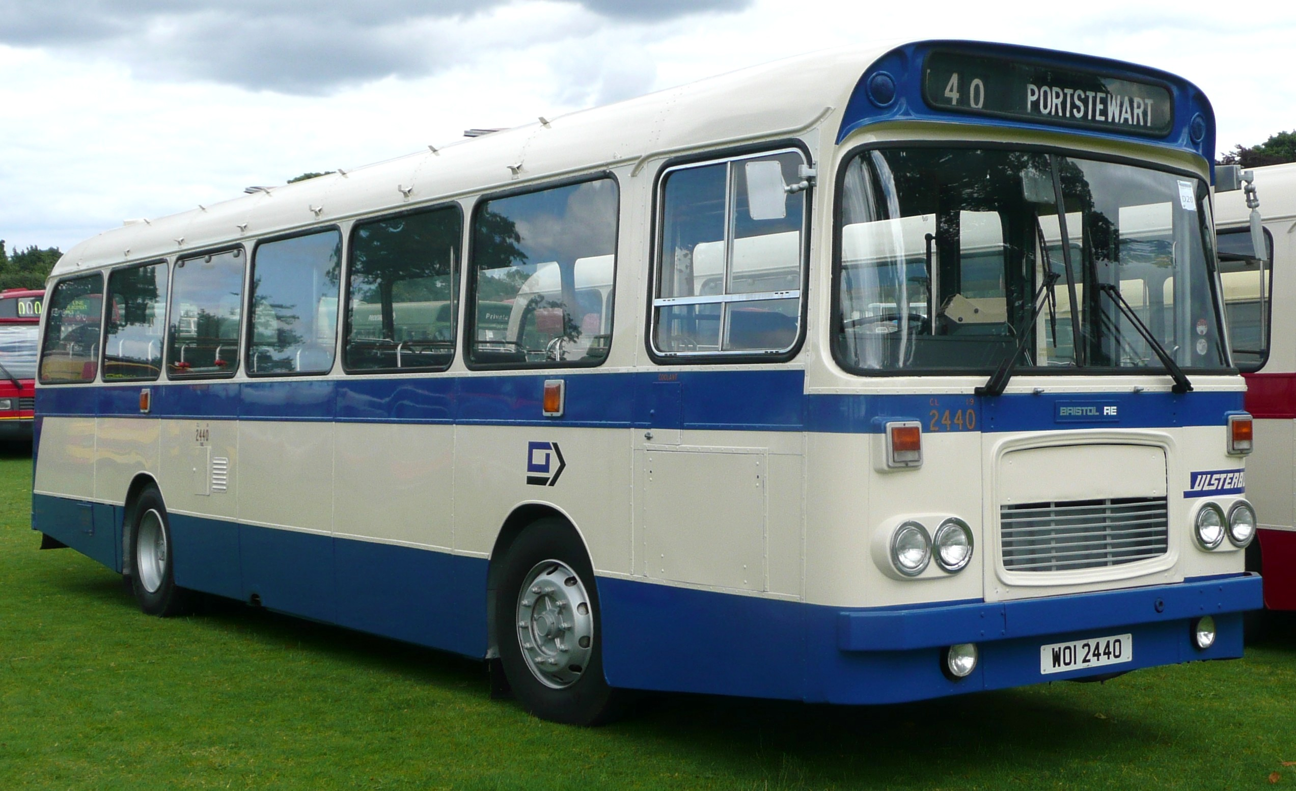 File:Ulsterbus 2440 2.JPG