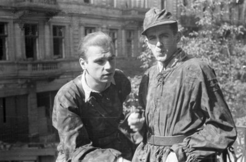 l'insurection de Varsovie Warsaw_Uprising_by_Chrzanowski_-_Sixton_Jur_-_14728