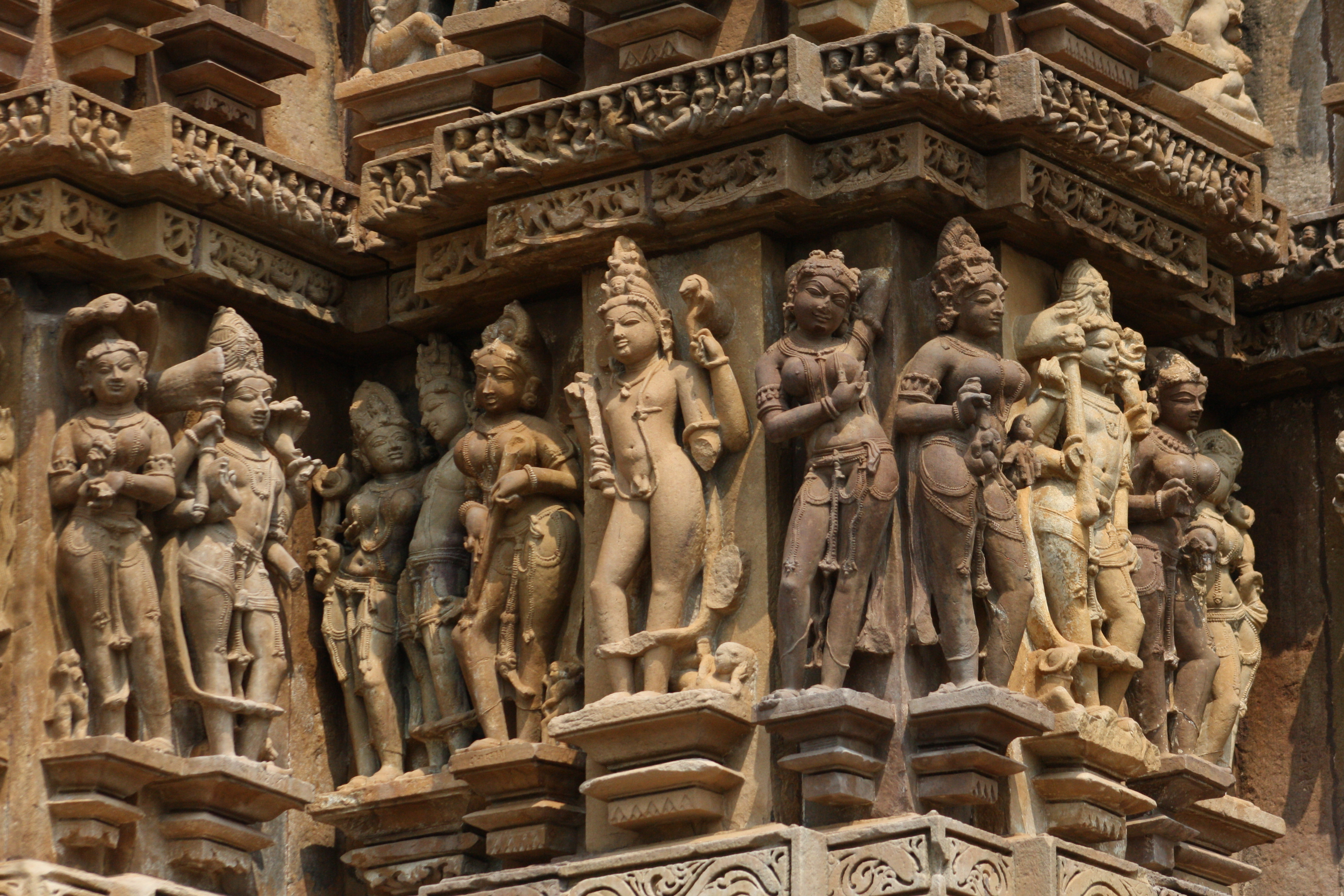Khajuraho Temple: How To Reach? Places To Visit, Things To Do In 2020 3