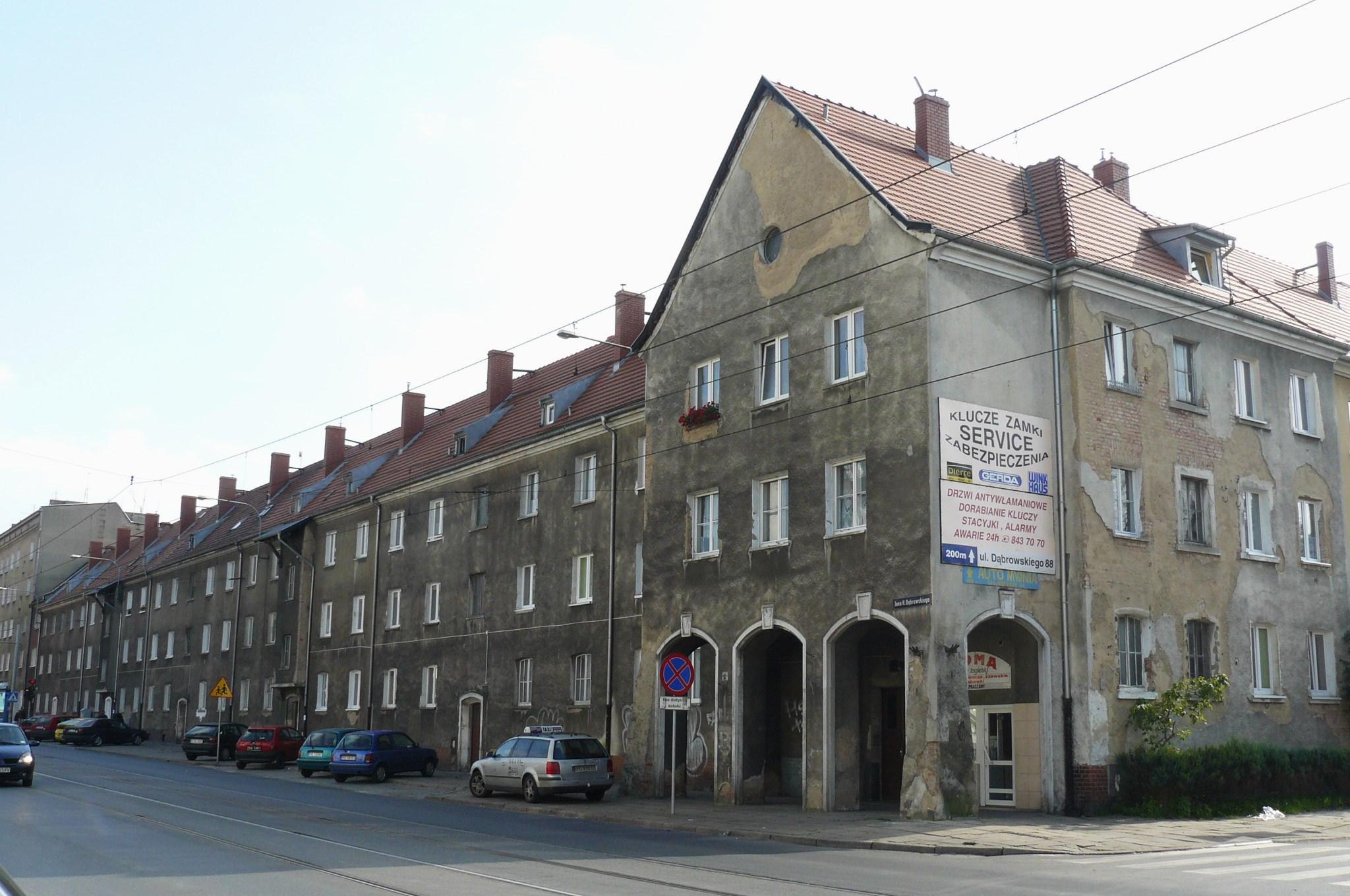 W Mega Weststadt (Poznań) – Wikipedia, wolna encyklopedia OU27