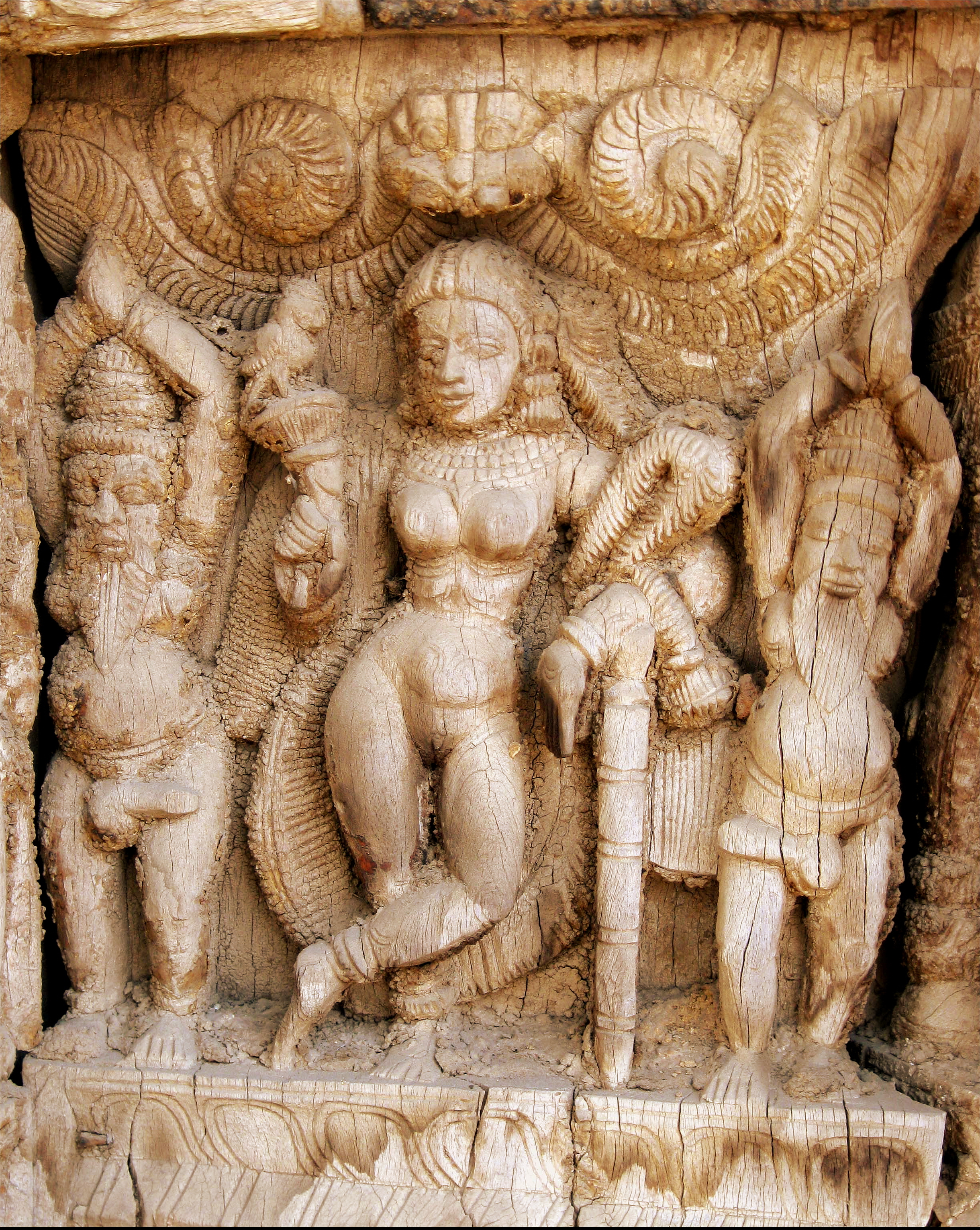 File:Wood carving detail2 - Vishnu Mohini.jpg - Wikipedia, the ...