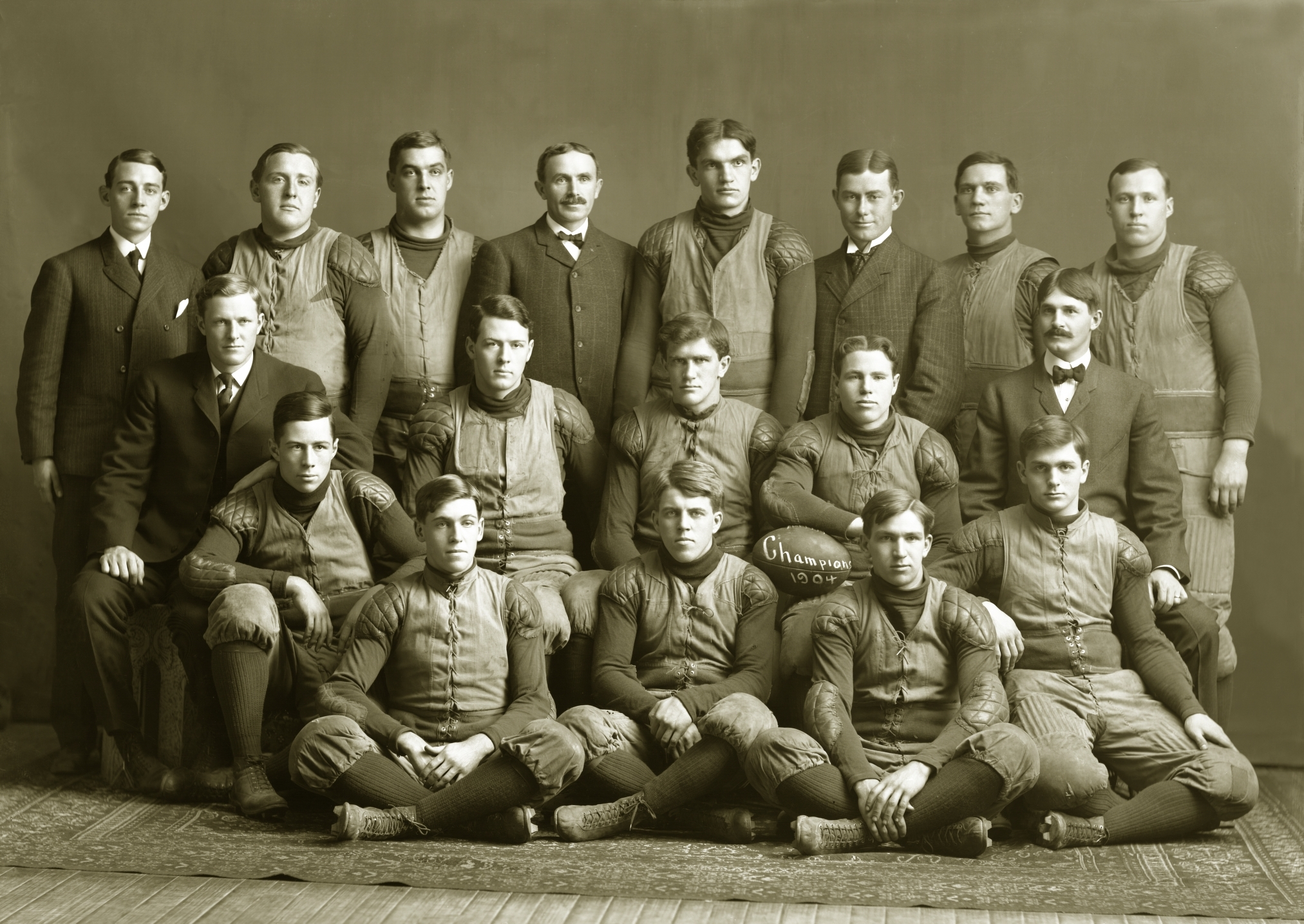 File:1904 Michigan Wolverines football team.jpg