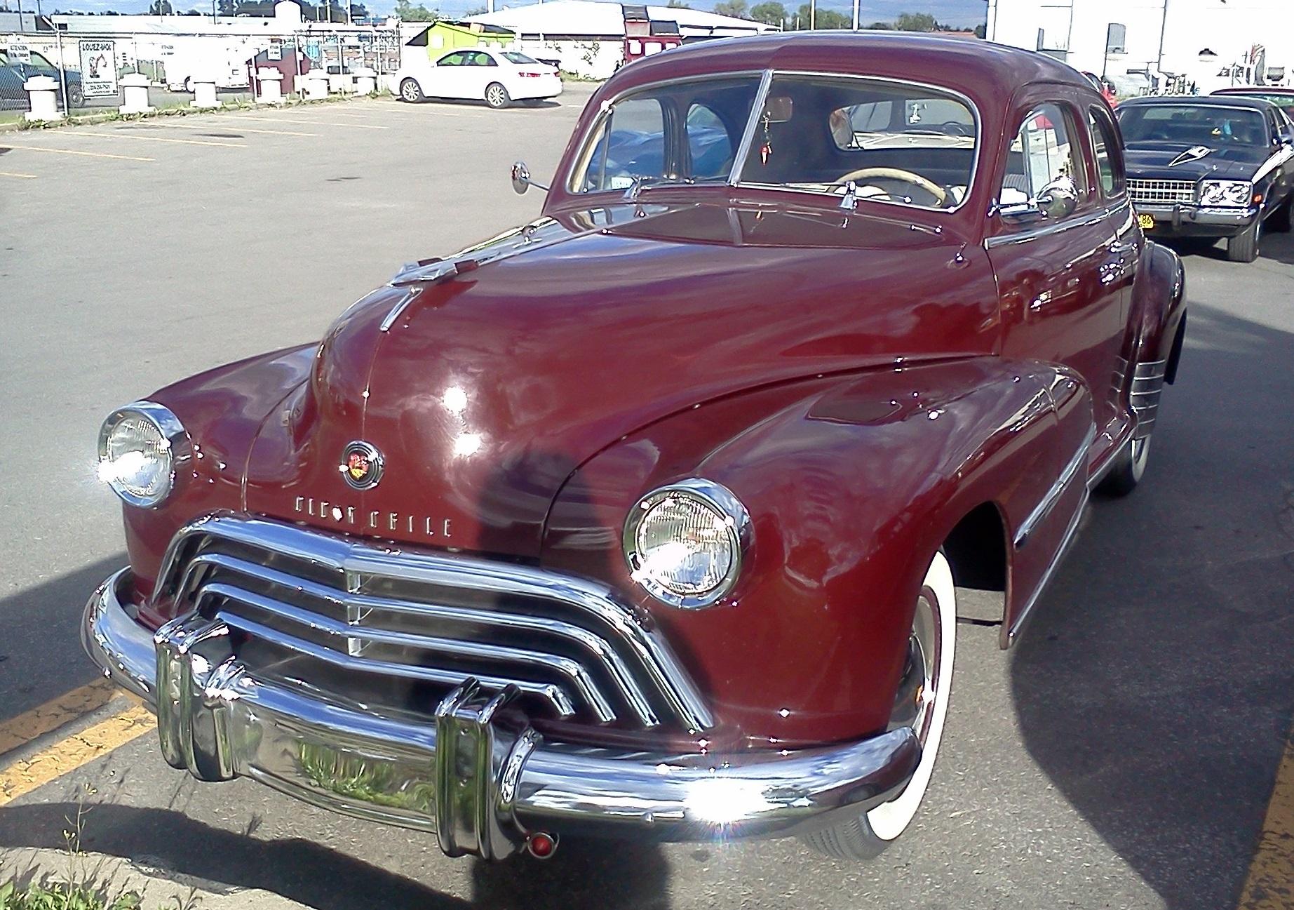1948_Oldsmobile_60_series_%28Auto_classi