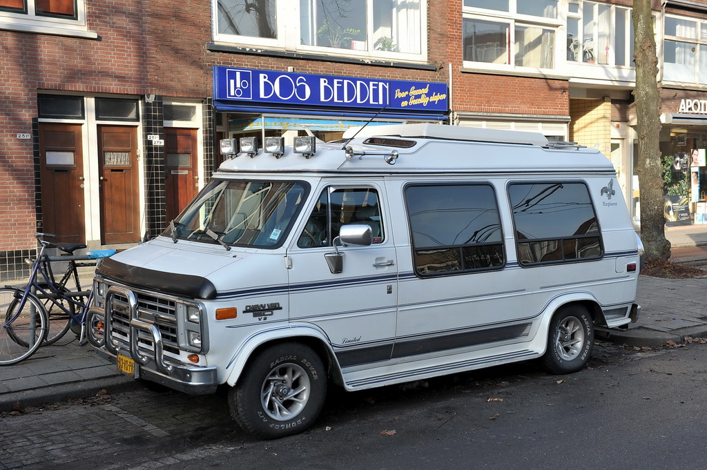 File:1991 Chevrolet Chevy Van 20 Starcraft - Flickr