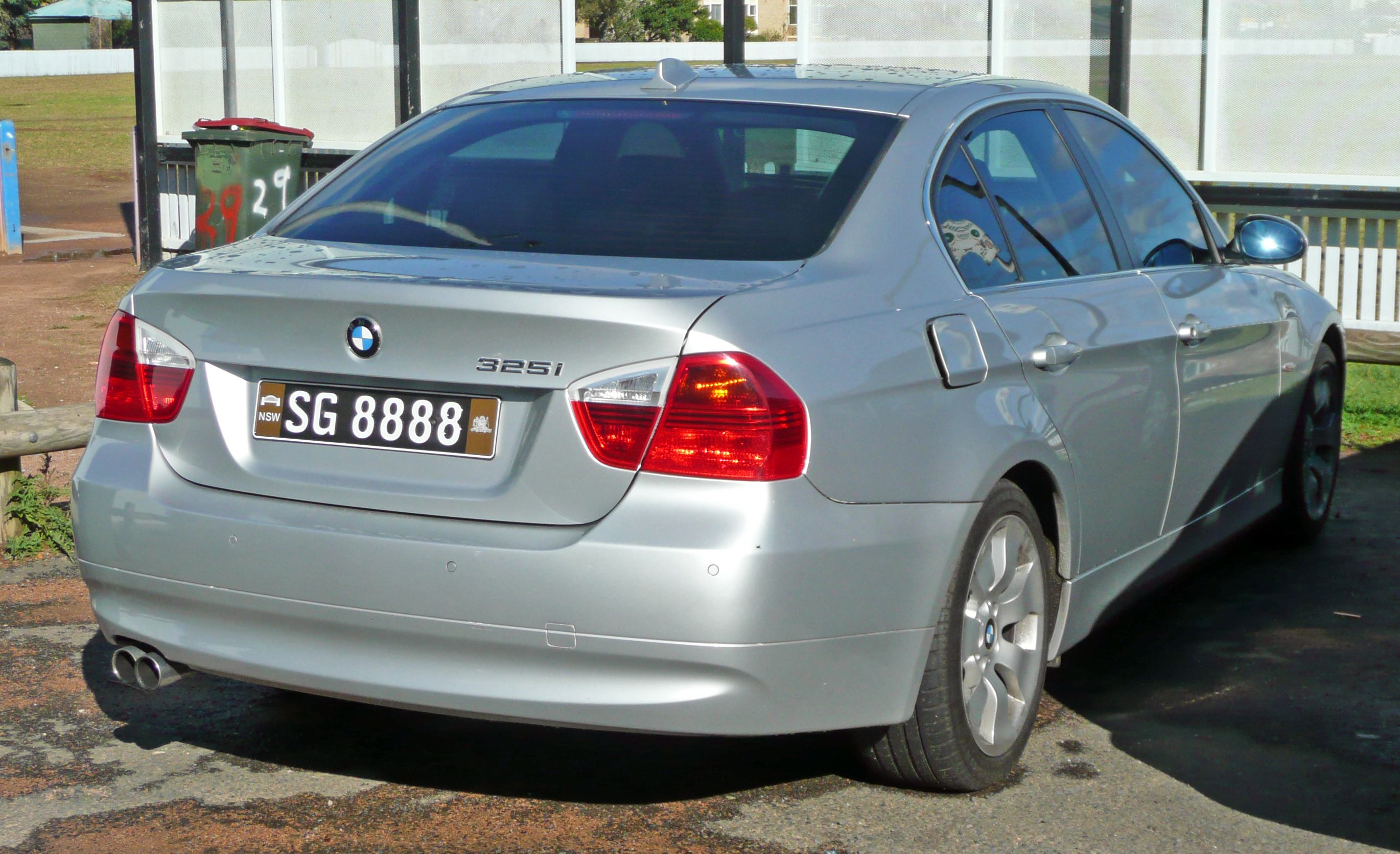 BMW I E Related Infomationspecifications WeiLi - 2008 bmw 325xi