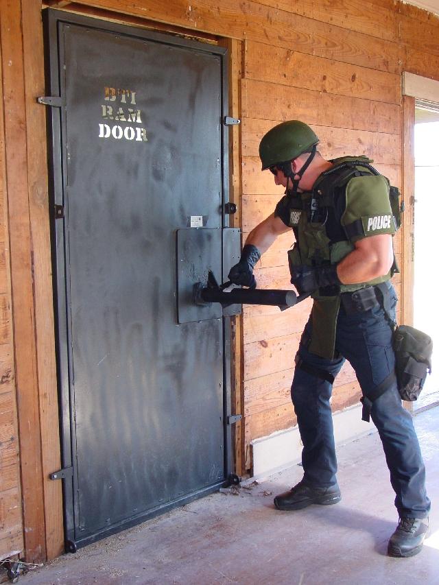 Door Breaching Military Wiki Fandom Powered By Wikia