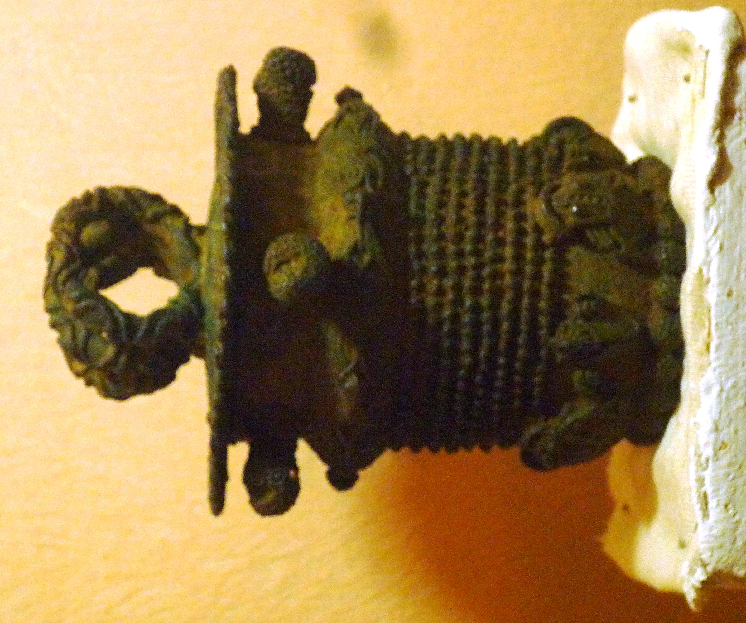 File:9th century bronze ceremonial pot, Igbo-Ukwu, Nigeria JPG