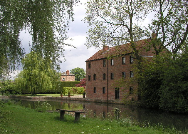 At the head of the Pocklington Canal - geograph.org.uk - 8808