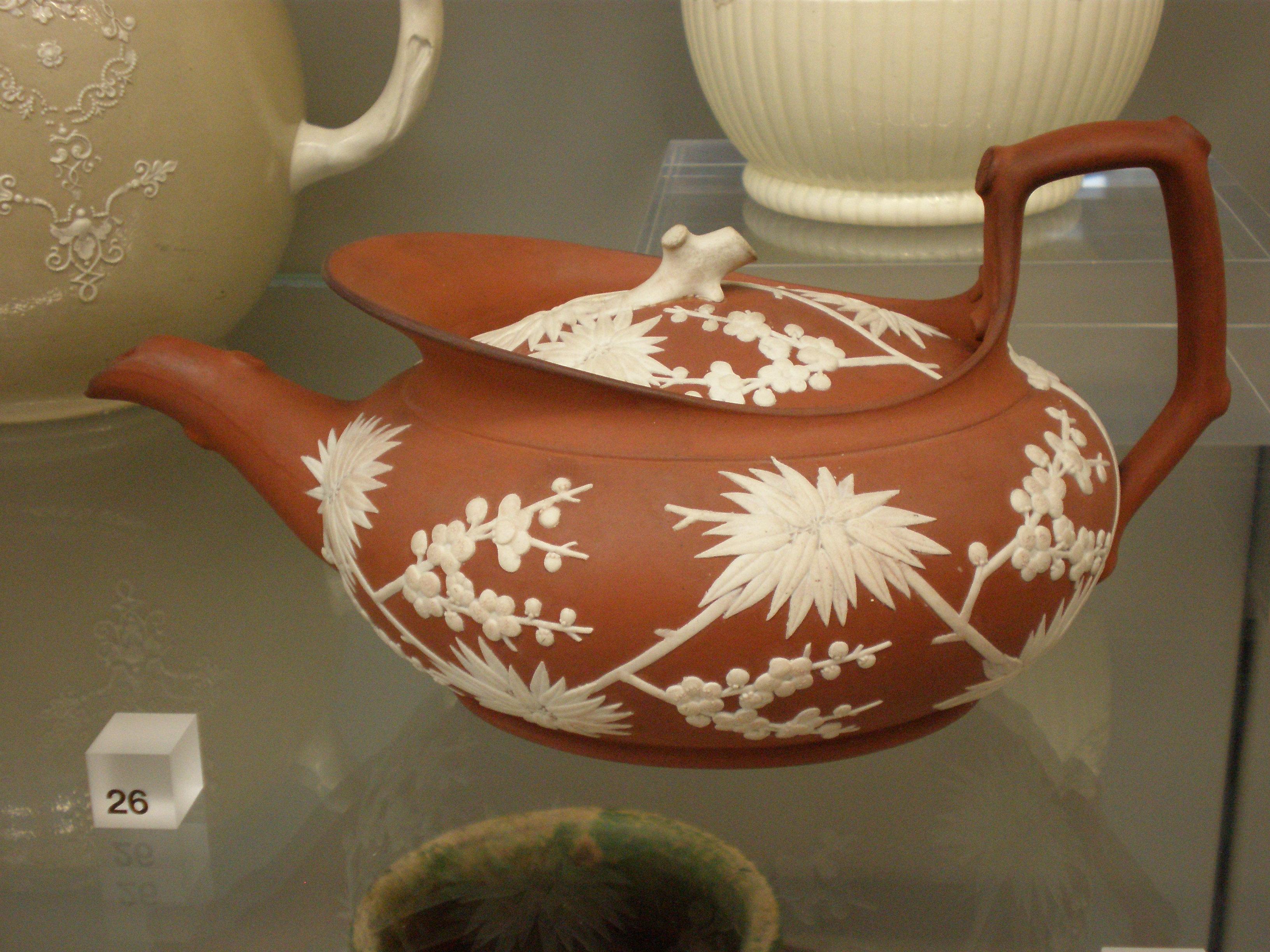 datant poterie faïence