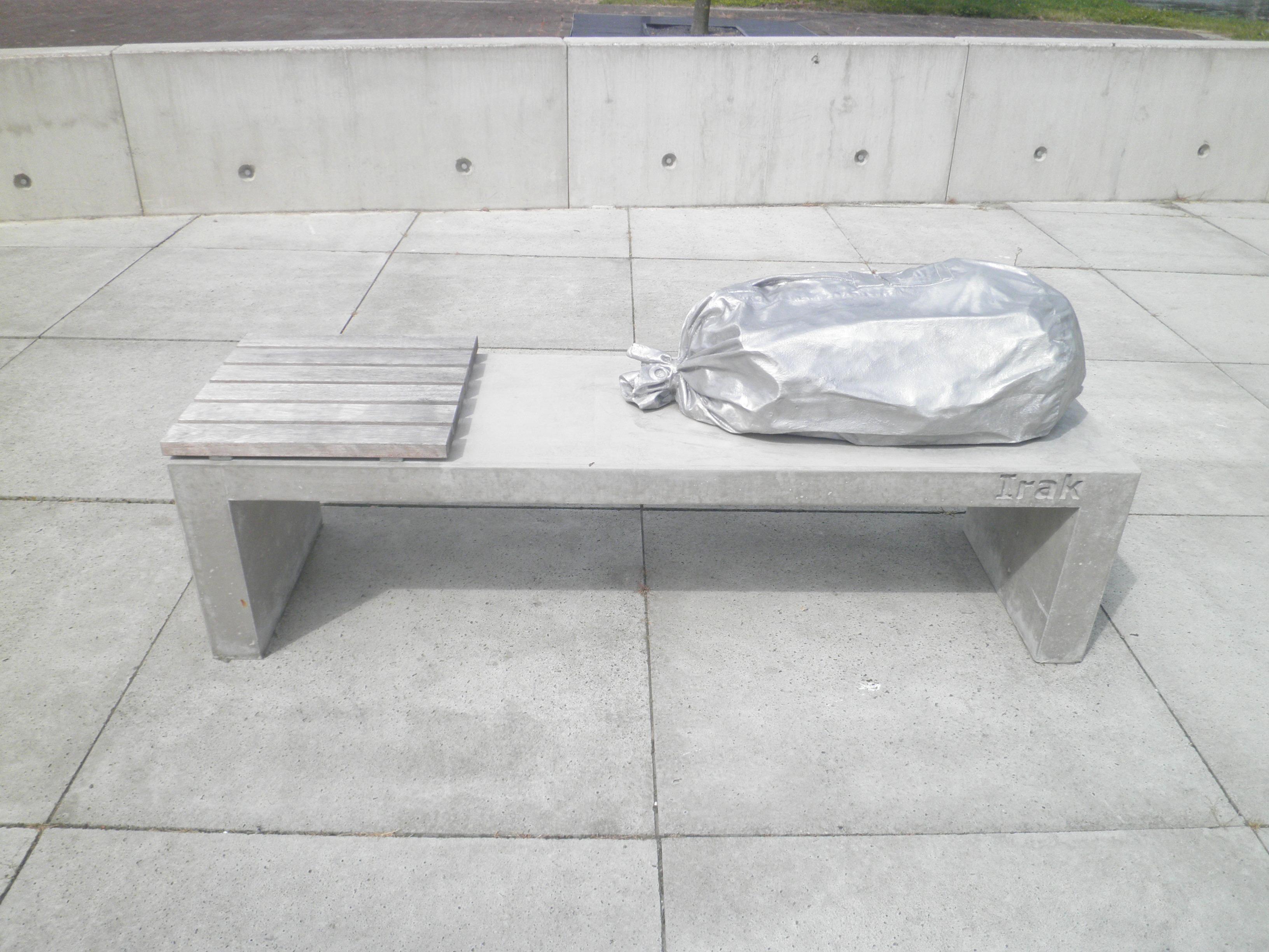 File bagage voor het leven irak jpg wikimedia commons - Vloer voor het leven ...