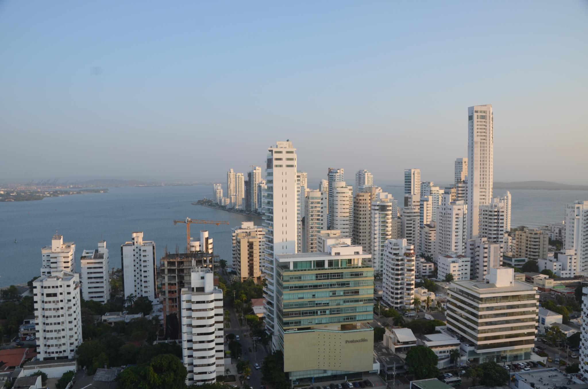 File:Bocagrande, Cartagena, Colombia (24212054343).jpg