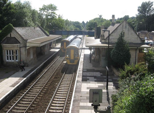 File:Bradford-on-Avon Station - geograph.org.uk - 879466.jpg