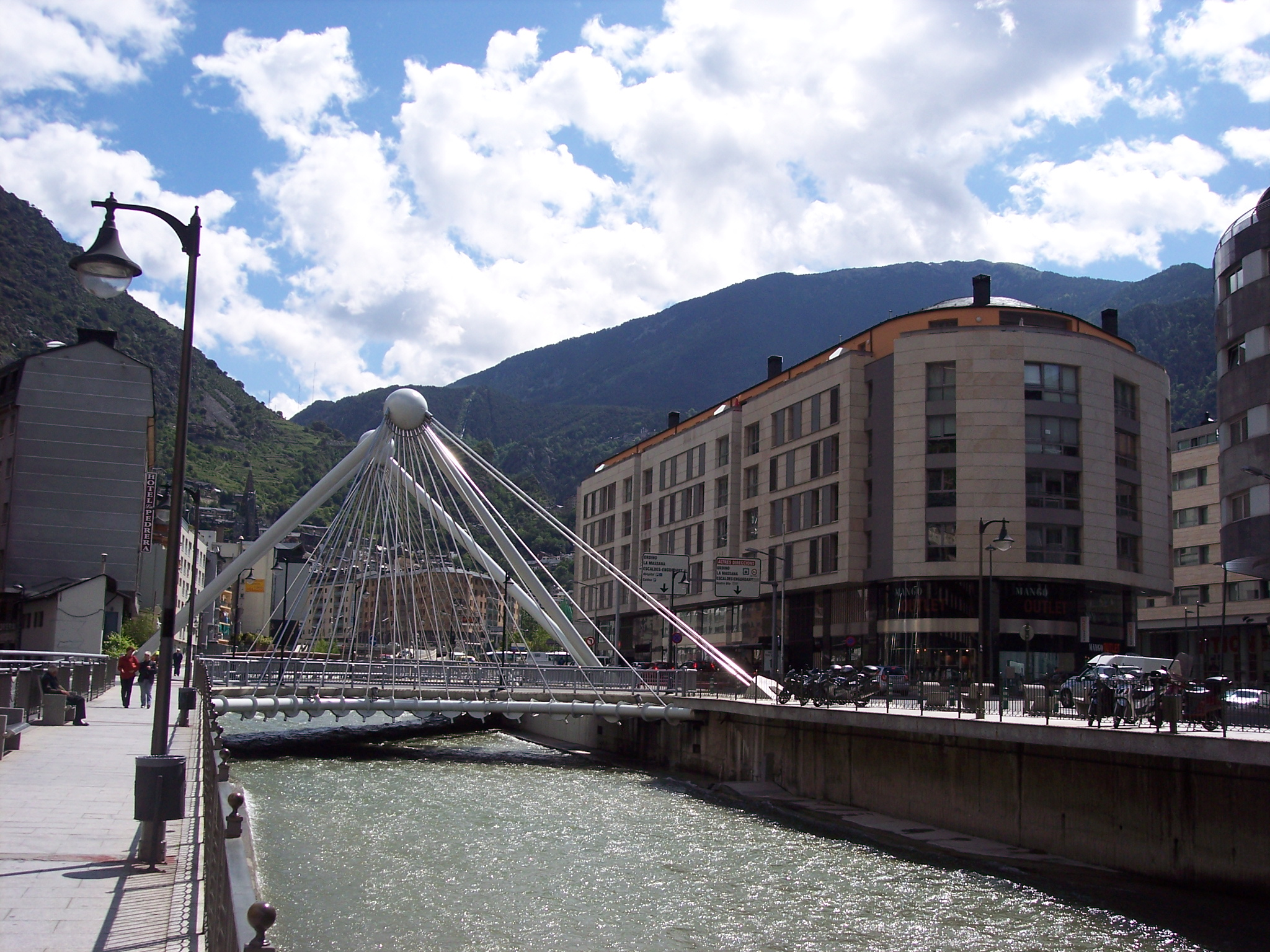 Andorra La Vella Andorra  City pictures : Description Bridge in Andorra la Vella, Andorra