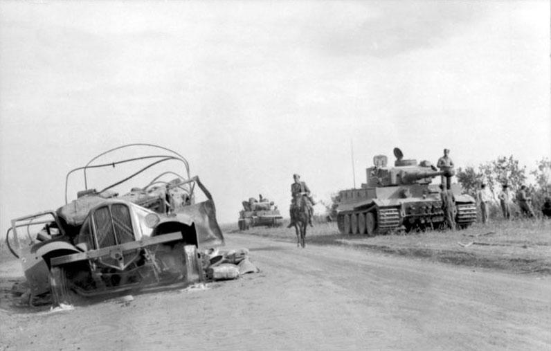 File:Bundesarchiv Bild 101I-022-2935-09A, Russland, Panzer