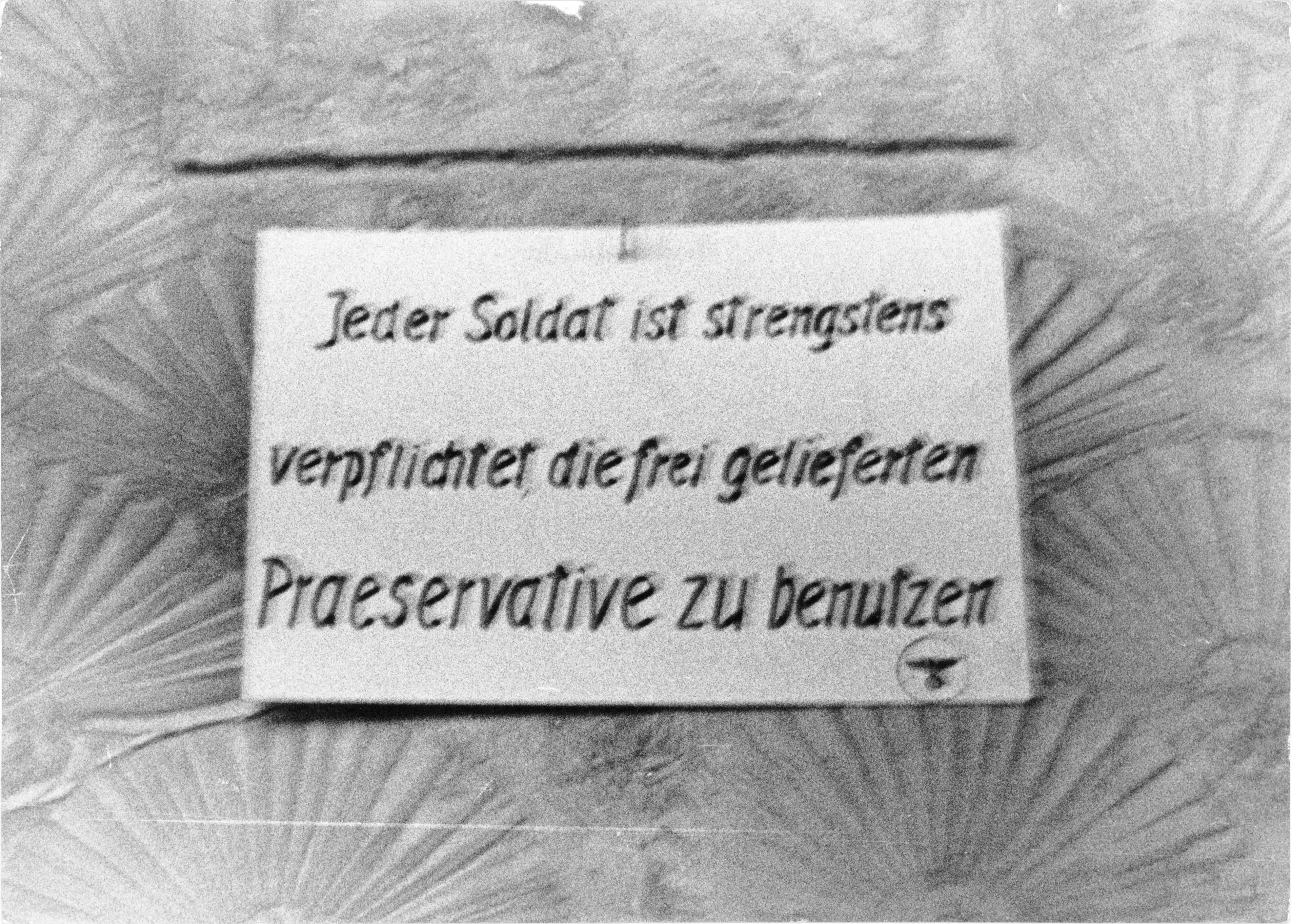 Bundesarchiv Bild 101II-MW-1019-10, Frankreich, Brest, Soldatenbordell
