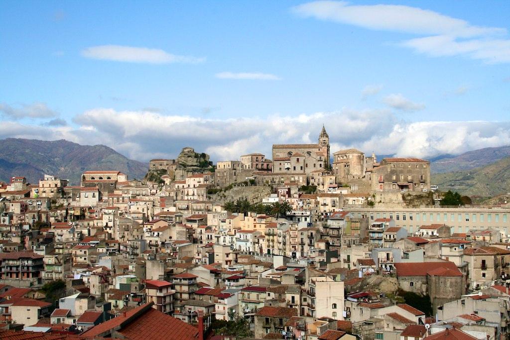 Castiglione Di Sicilia Wikipedia