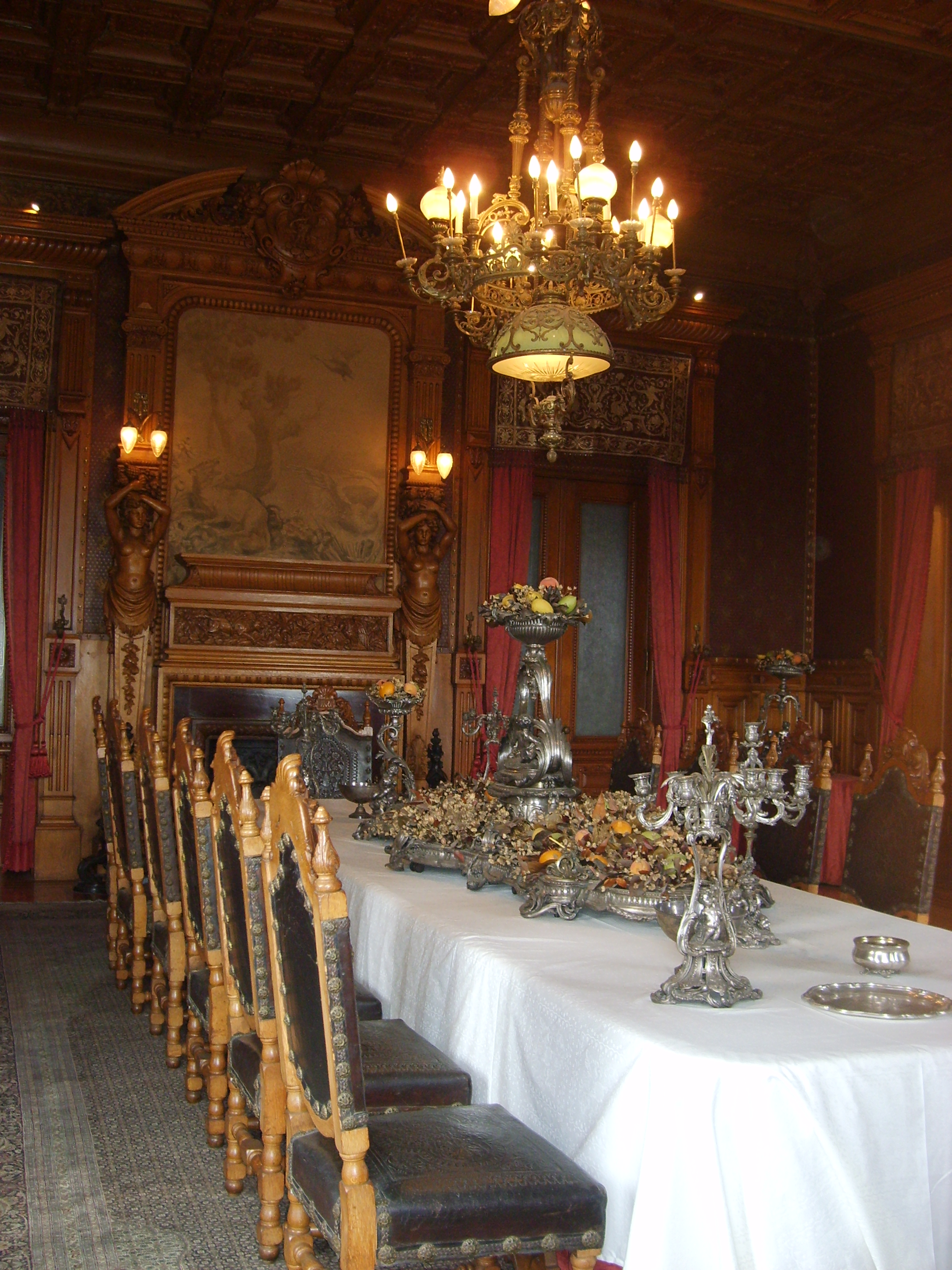castle dining room viewing gallery castle dining room www imgarcade com online image arcade