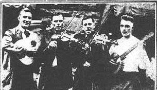 1922: guitarrist Bull Brewer, fiddlers Earl Johnson and John carson and banjoist L.E. Atkins