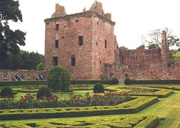 File:Edzell Castle.jpg - Wikimedia Commons
