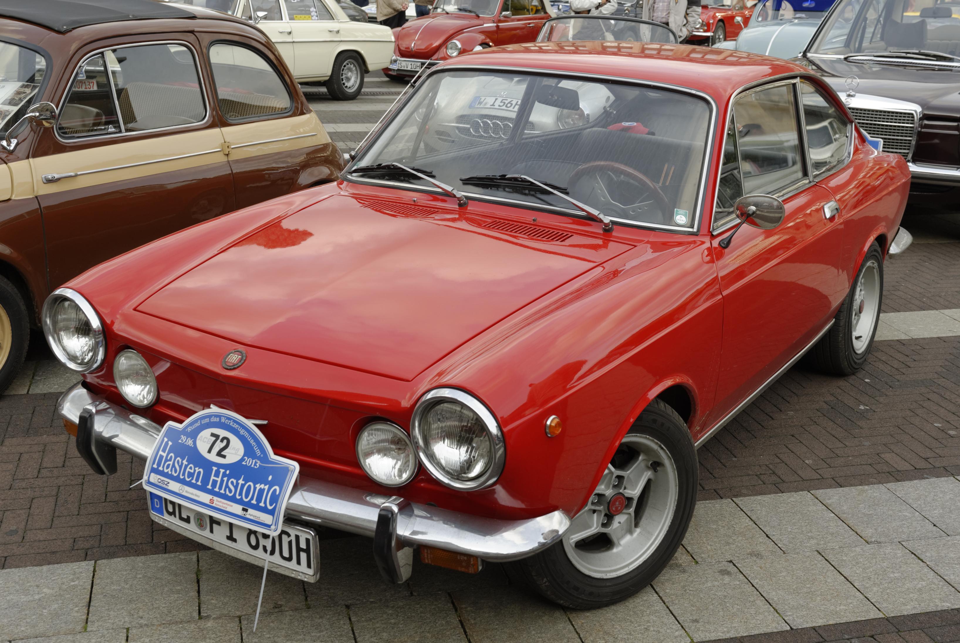 File:FIAT 850 Sport m.jpg - Wikimedia Commons