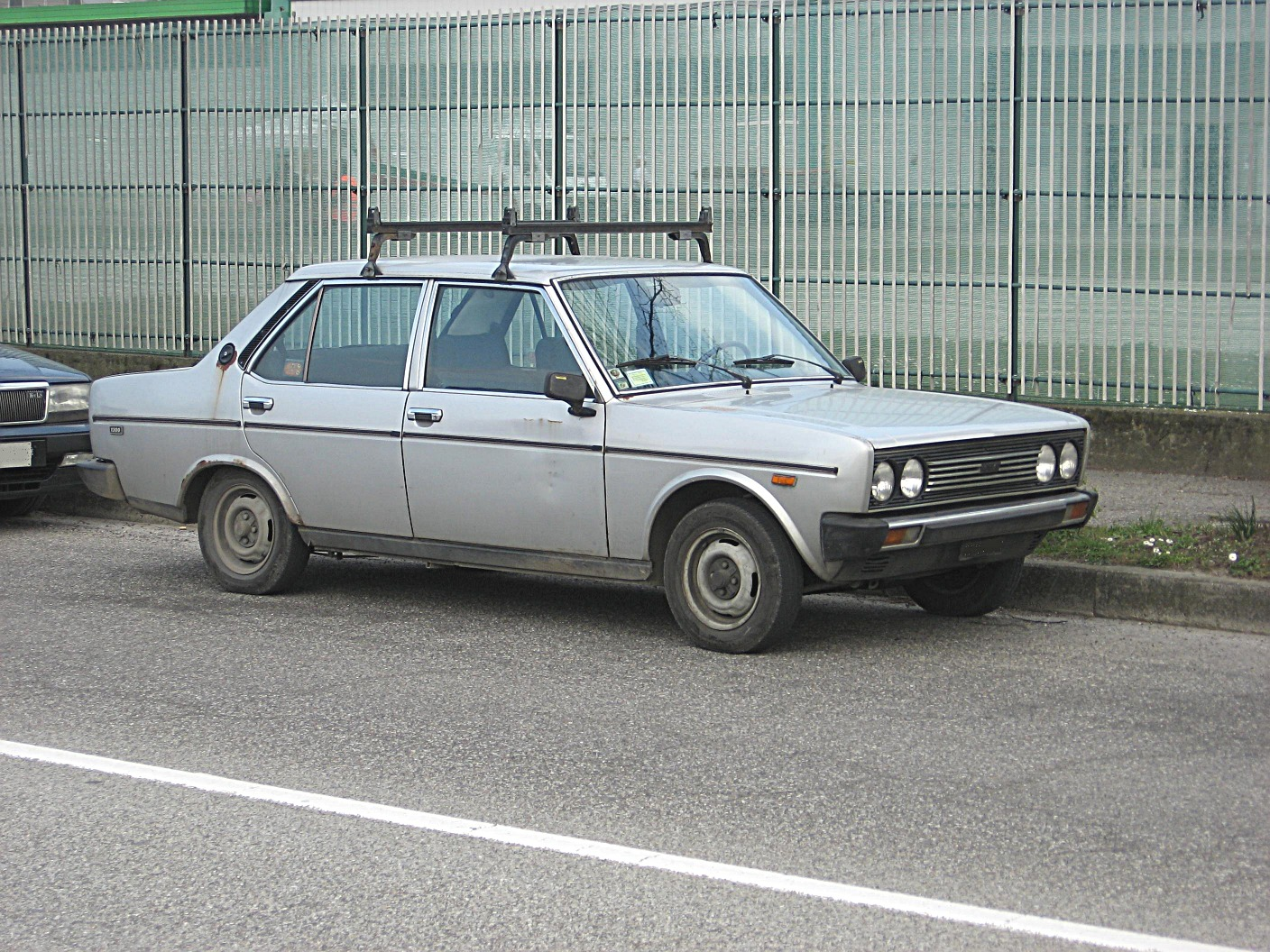 File:Fiat 131-1300CL-Mk1 Front-view.JPG