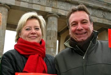 Gesine Lötzsch & Klaus Ernst 2010.jpg
