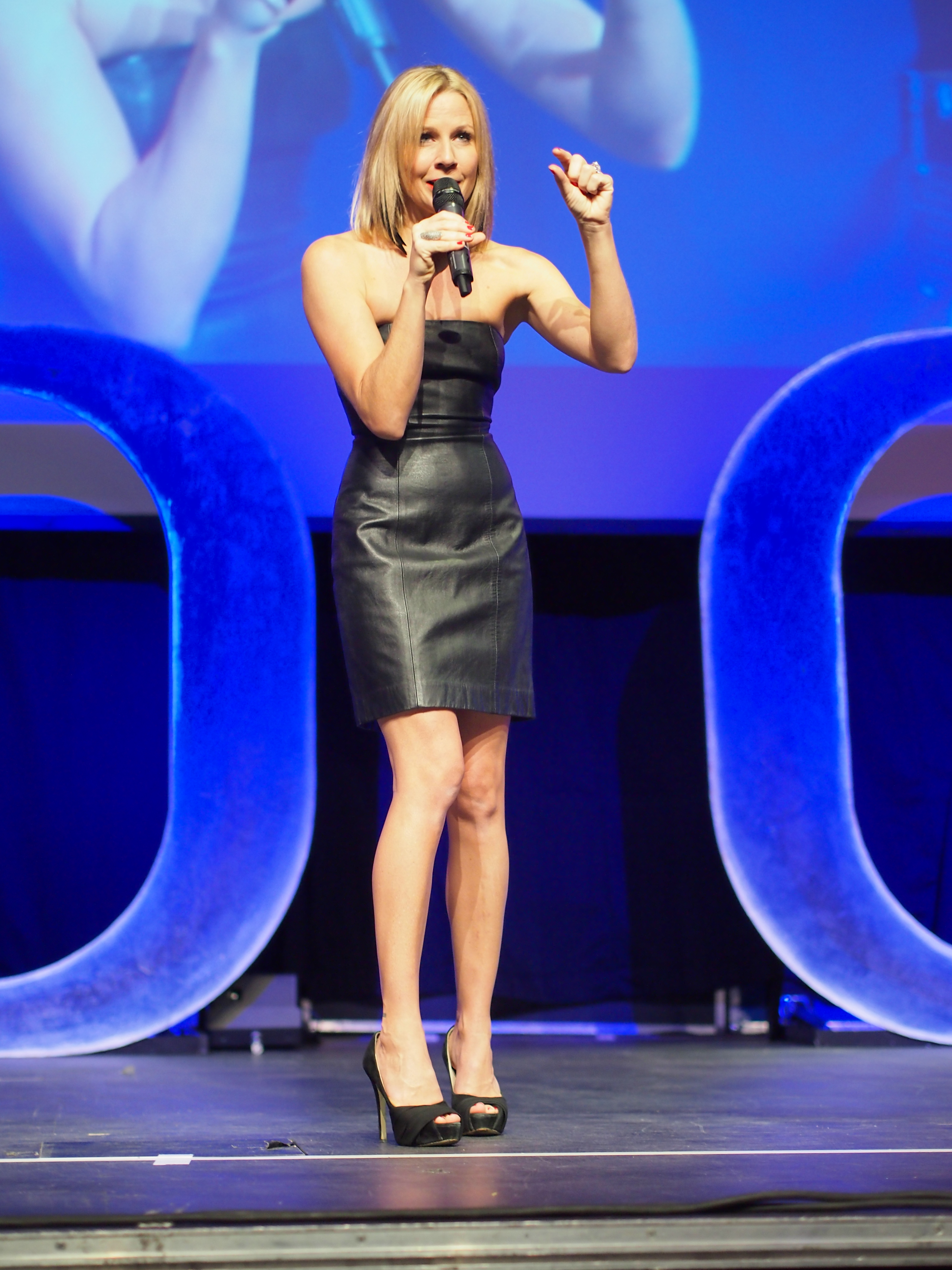 gigi edgley measurements