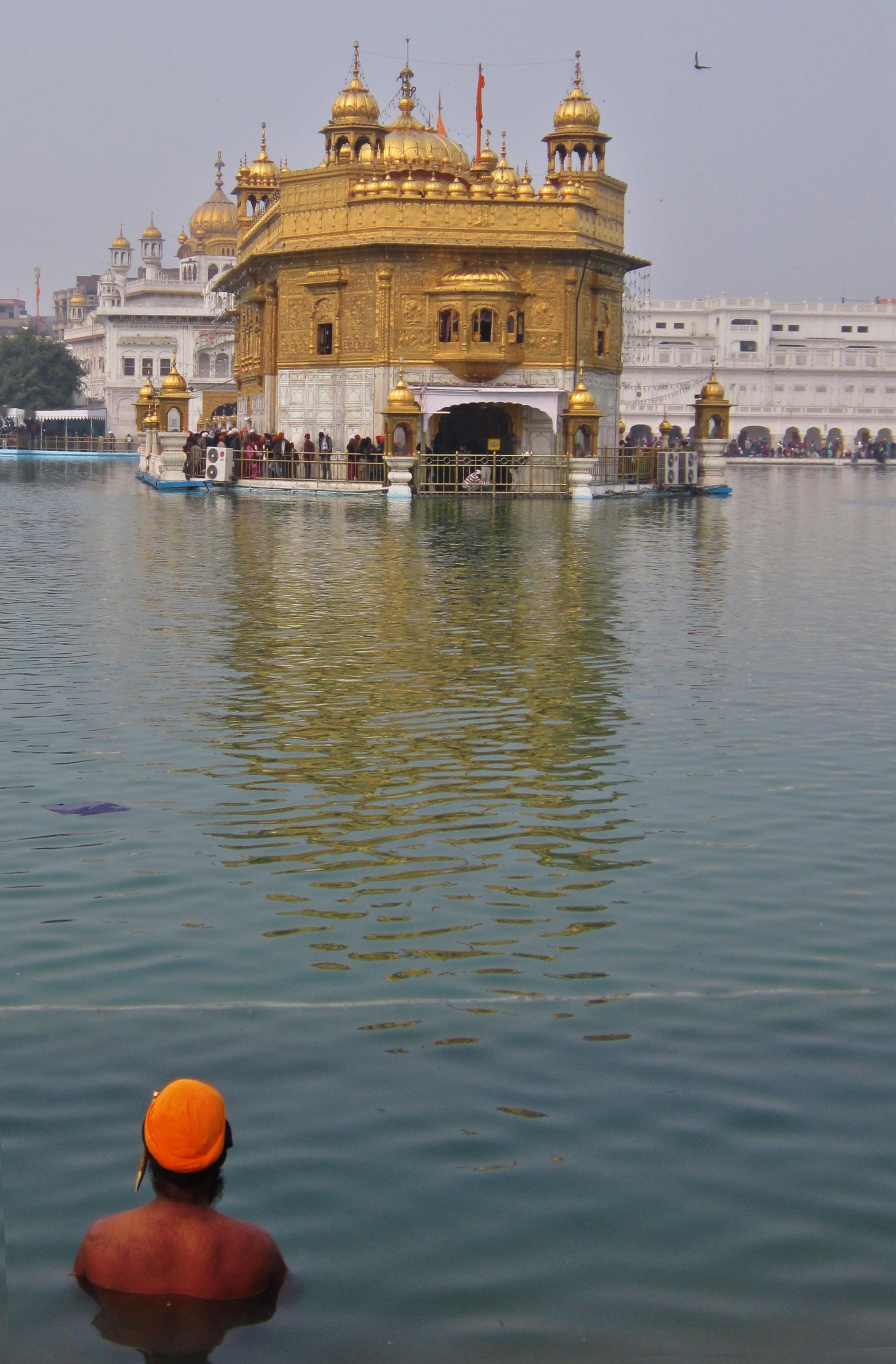 Der Goldene Tempel in Amritsar.