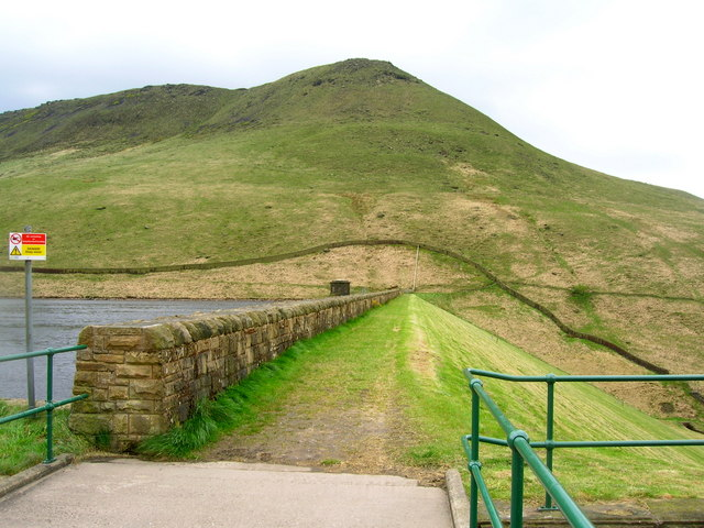 Greenfield Dam - geograph.org.uk - 1295286