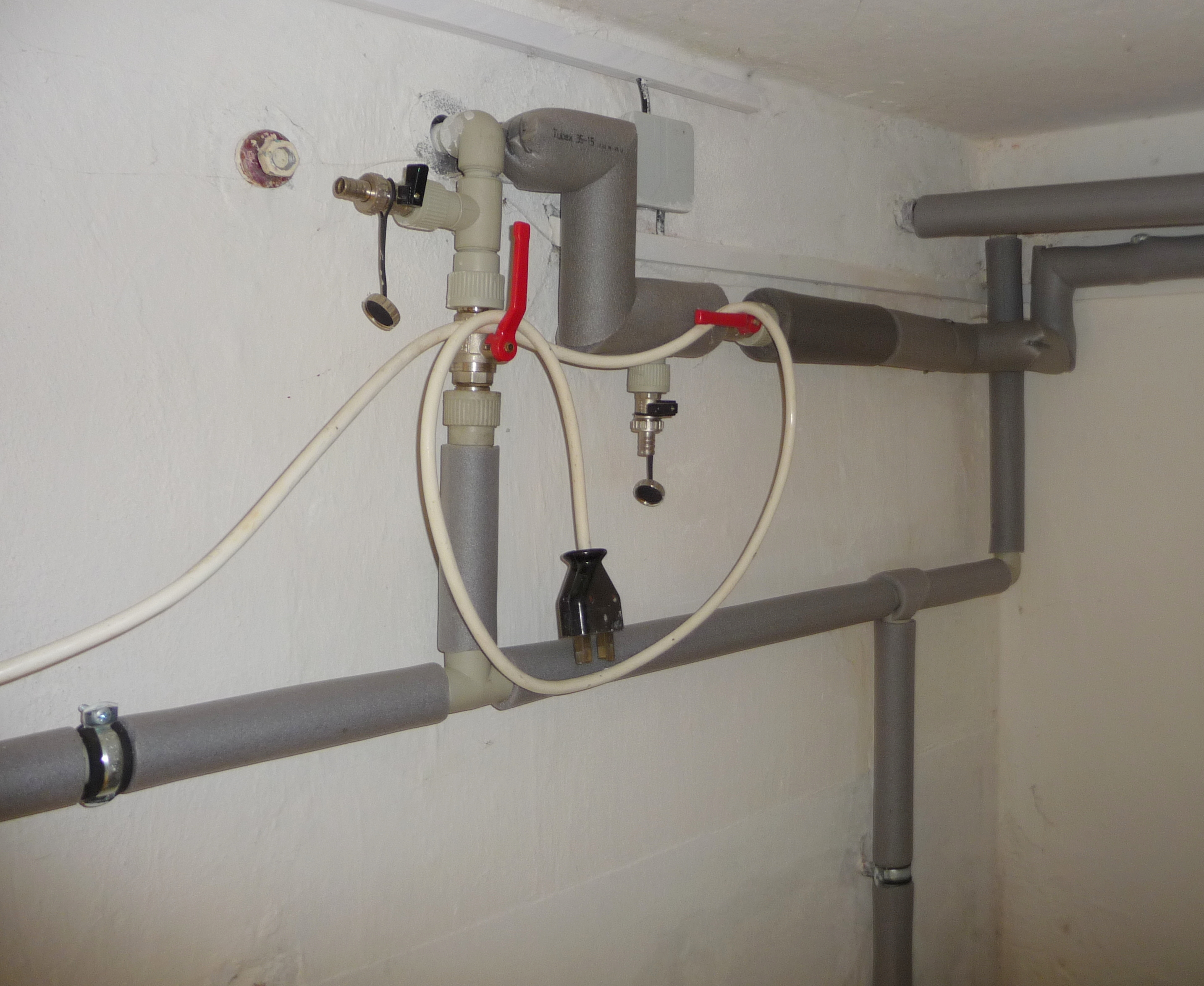 File home water for House water pipes types