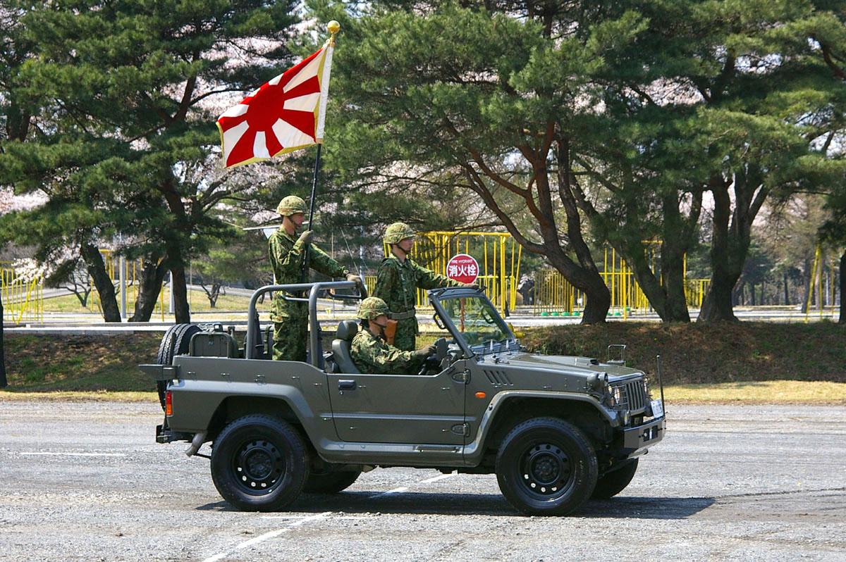 File Jgsdf Type73 New Kogata Truck 12th Br Amp Flag Of