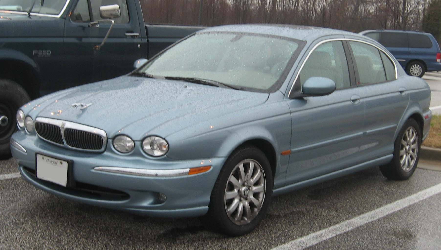 Description Jaguar X T...