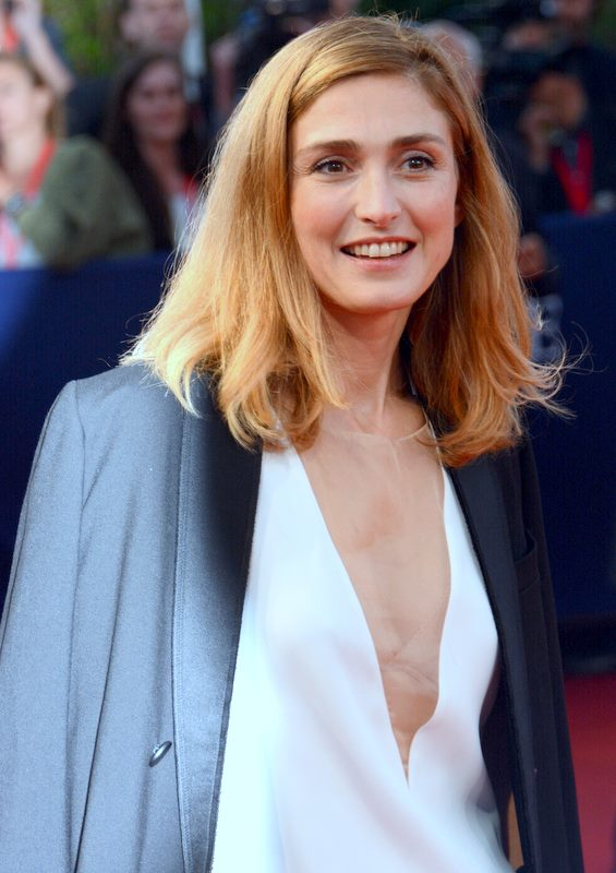 Julie Gayet photos 94