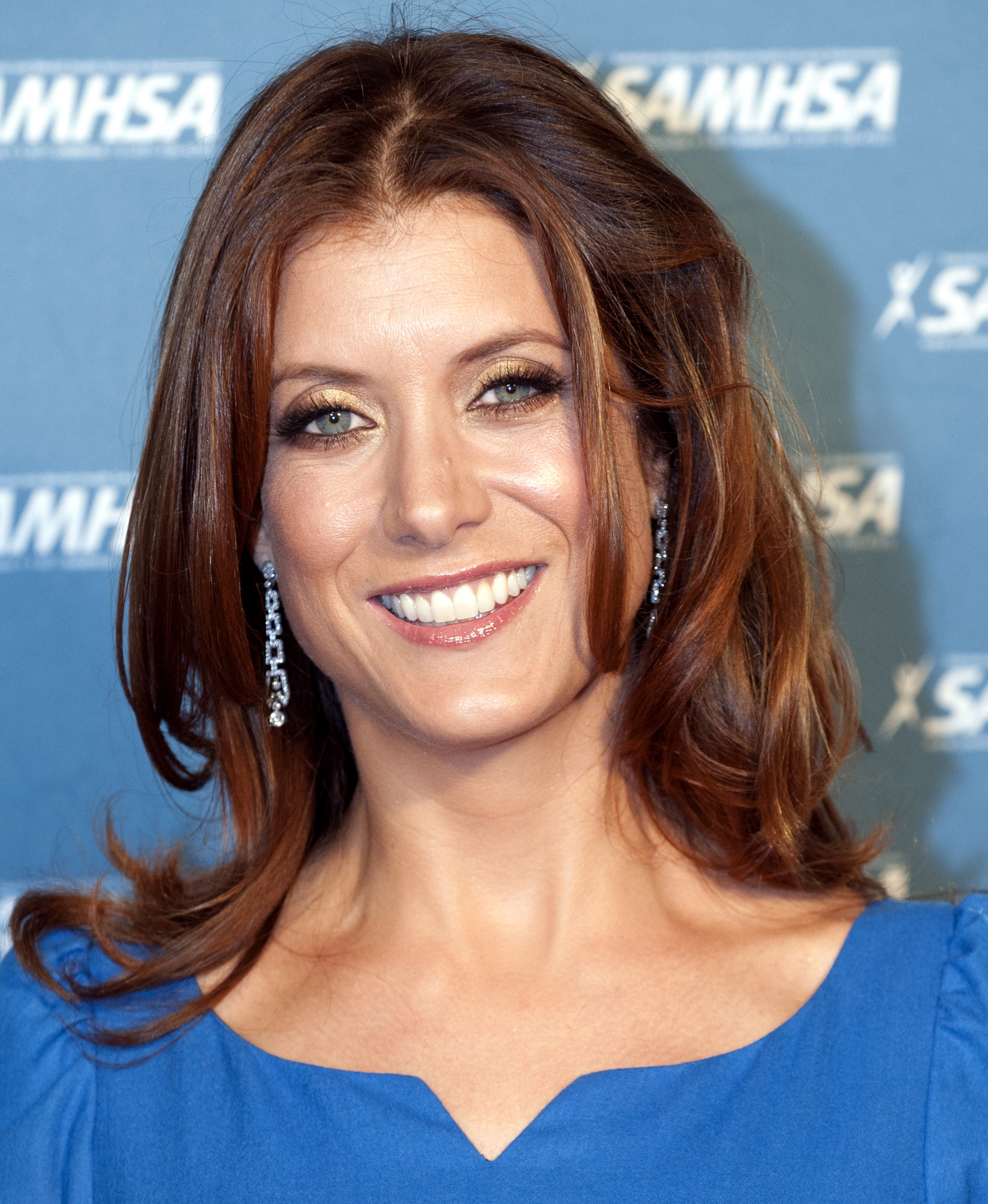 The 49-year old daughter of father Joseph P. Walsh and mother Angela C. Bochetto, 181 cm tall Kate Walsh in 2017 photo