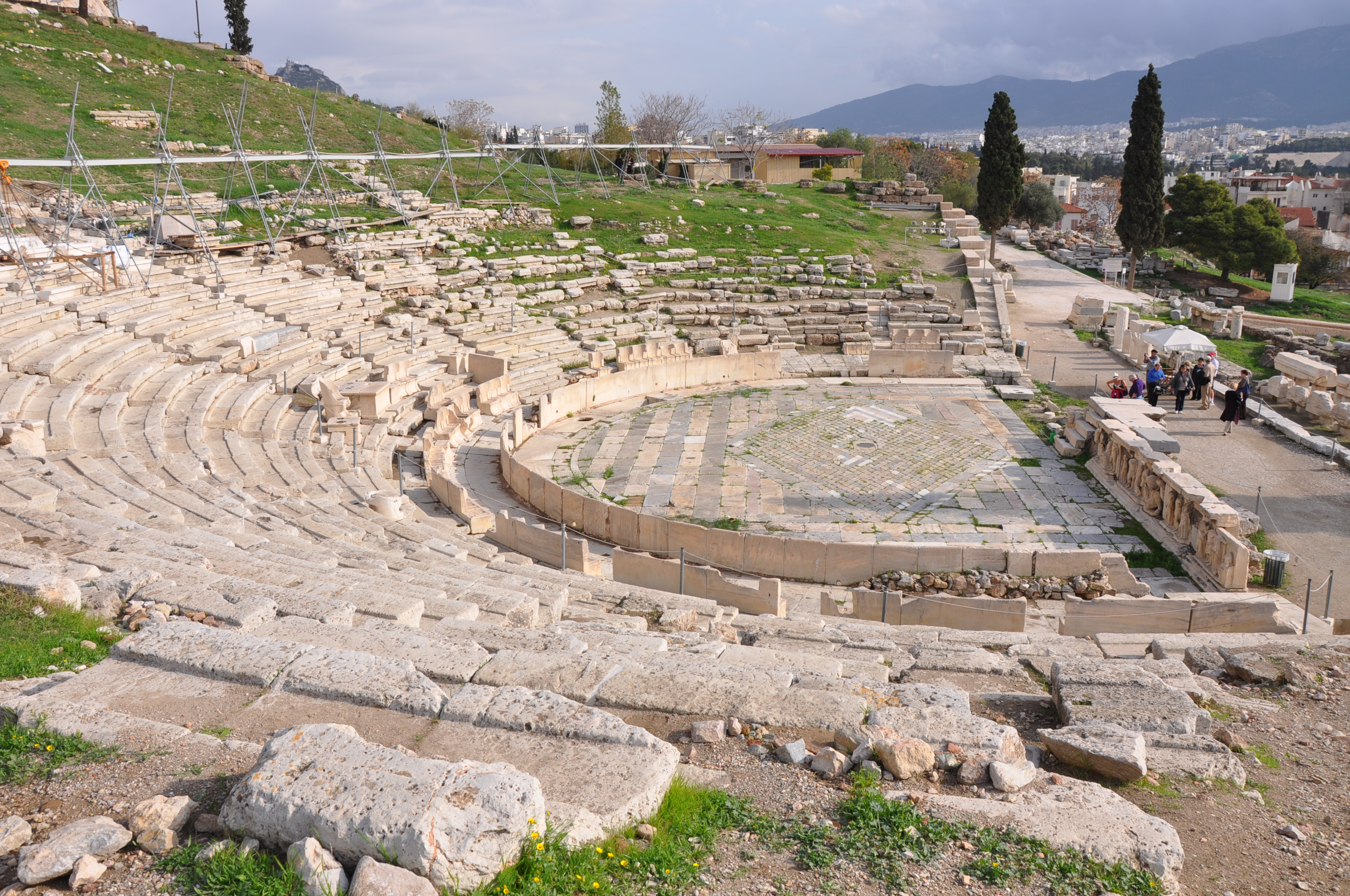 the forms in which theater and drama took in ancient greece in the 5th century A history of ancient greece  in the 5th century,  was the greek interest in drama, for plays took a central role in this.