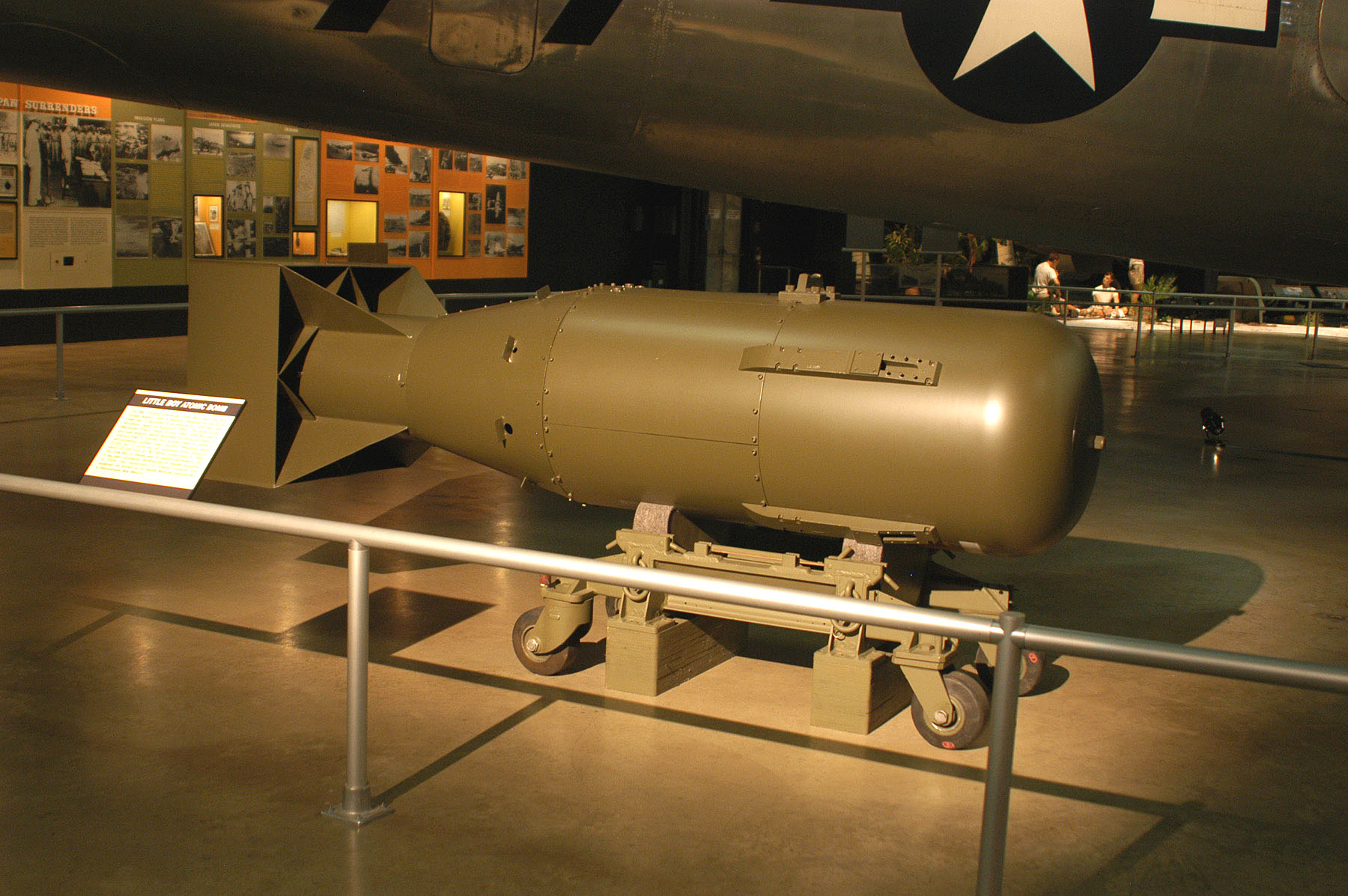 an introduction to the history of the atomic bomb in the united states American history essays: united states atomic bomb dbq.