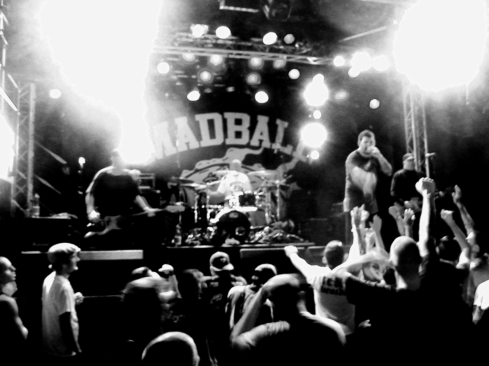 http://upload.wikimedia.org/wikipedia/commons/4/40/Madball.jpg