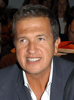 Depiction of Mario Testino