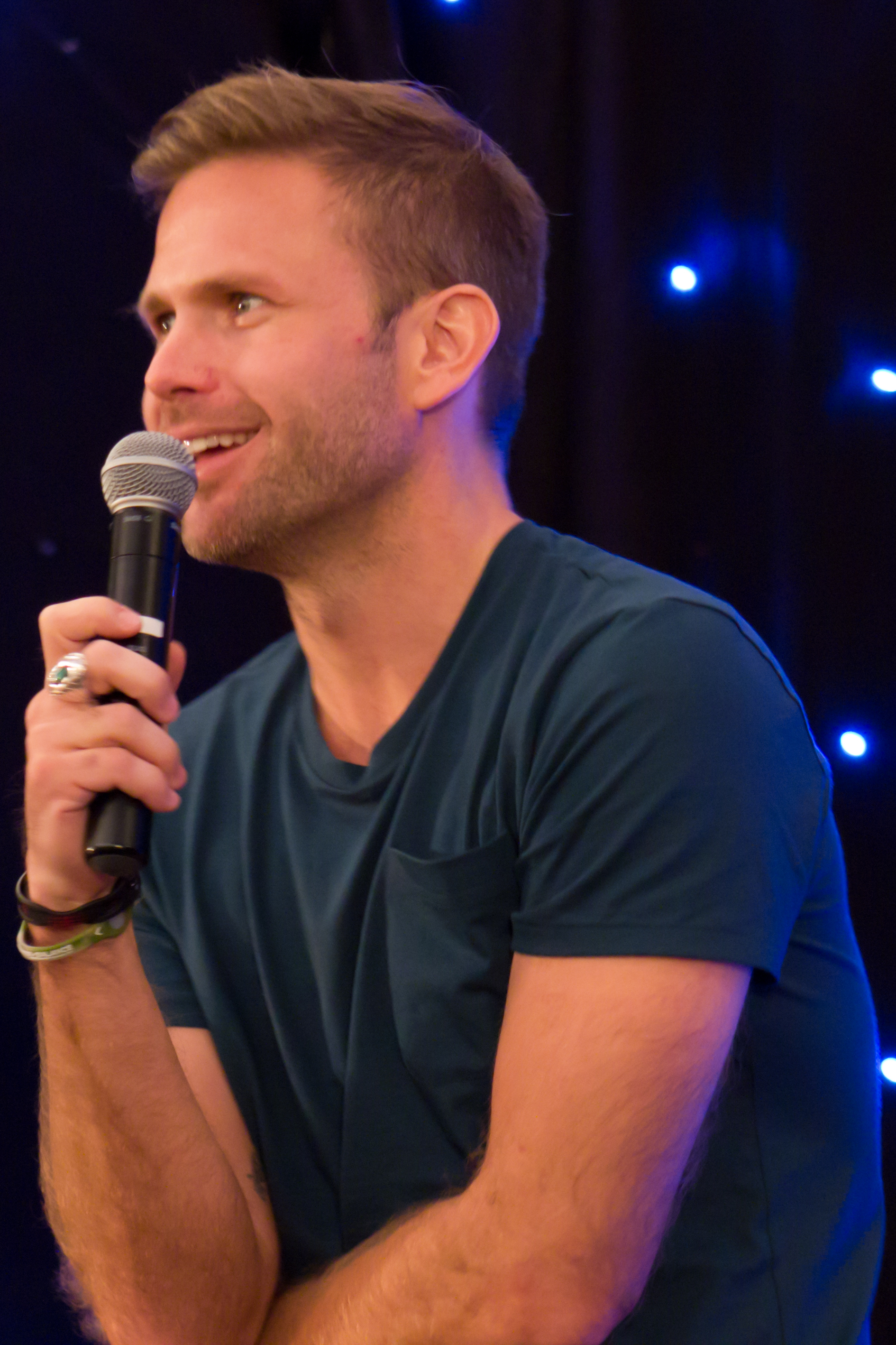 how tall is matt davis