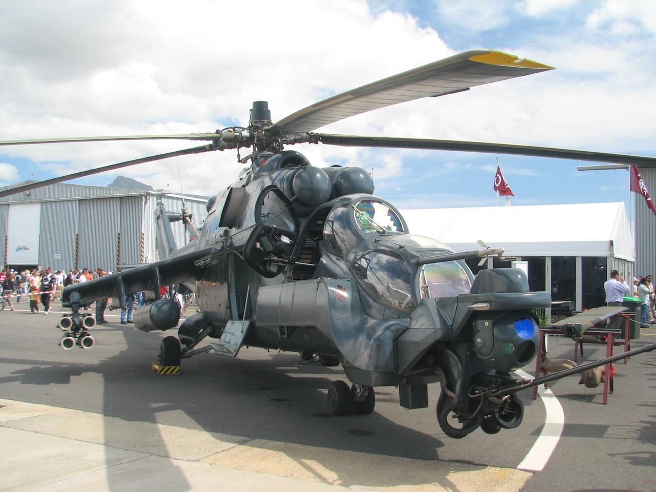 العراق اشترى صواريخ Ingwe المضاده للدروع لاستعالها على مروحيات EC635 Mi-24_Super_Agile_Hind_on_ground_2006